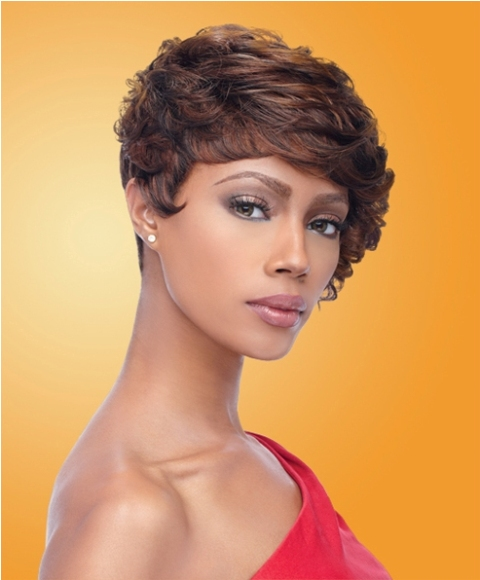 Beautiful Curly Short Bob Hairstyle