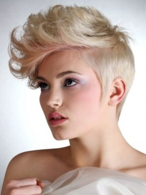 10 Cool Short Hairstyles for Women