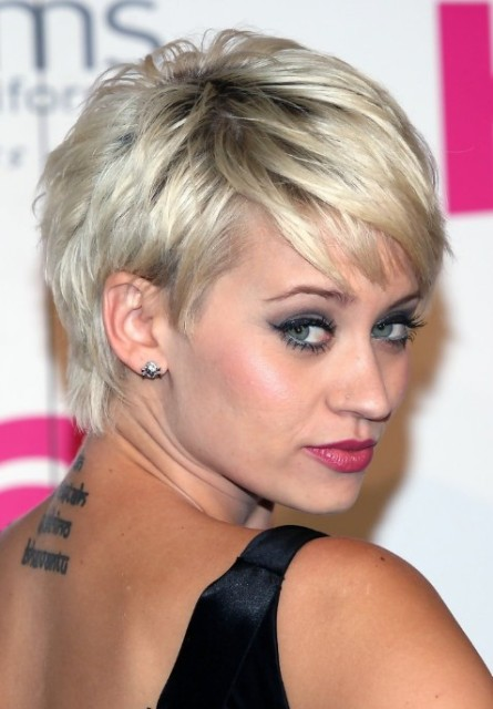 Easy Short Hairstyles Women - CircleTrest