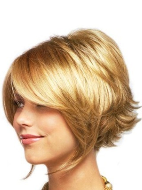 Short Bob Curly Hairstyle