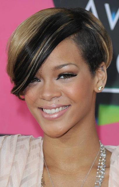 Short Hairstyles for Square Faces women 2013