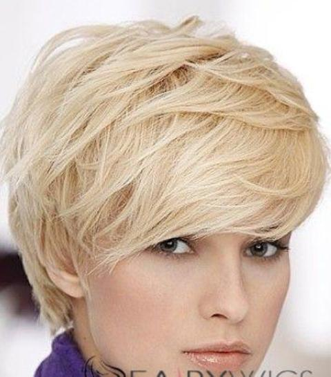 Super Short Wavy Hairstyle for Square Faces