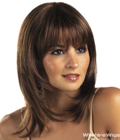 14 Finest Medium Length Hairstyles for Round Faces – CircleTrest