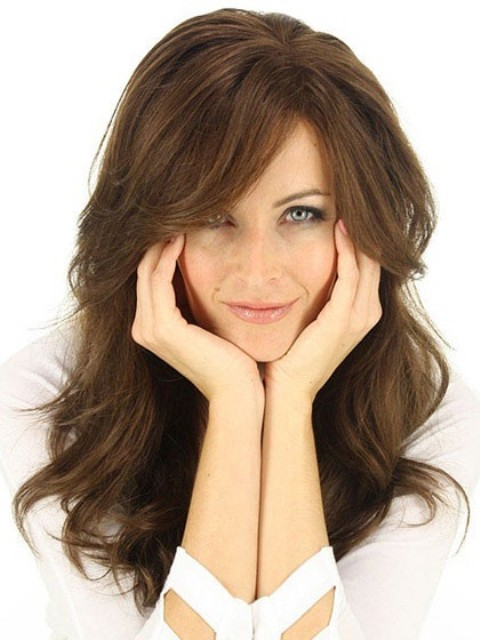 Long Hairstyles With Layers for Round Faces 2