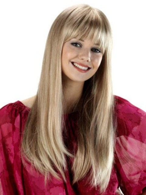 Long Hairstyles for girls with round faces
