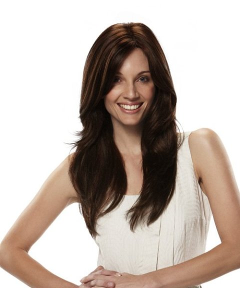 Long Layered Wavy Hairstyle