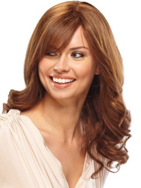 Long wavy Hairstyles for Round Faces 2