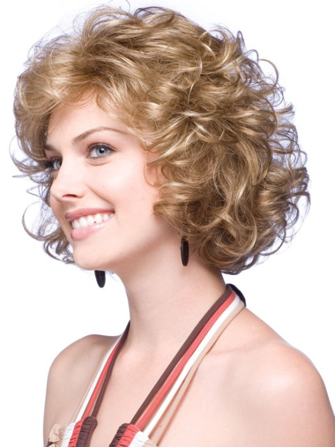16 Charming Short Hairstyles for Curly Hair – WITH PHOTOS