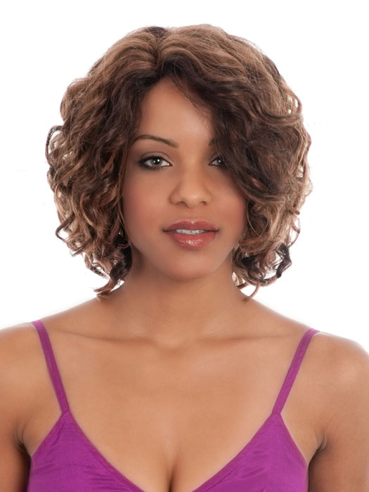 chic medium curly hair styles