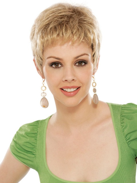 latest blonde short hair cuts for women