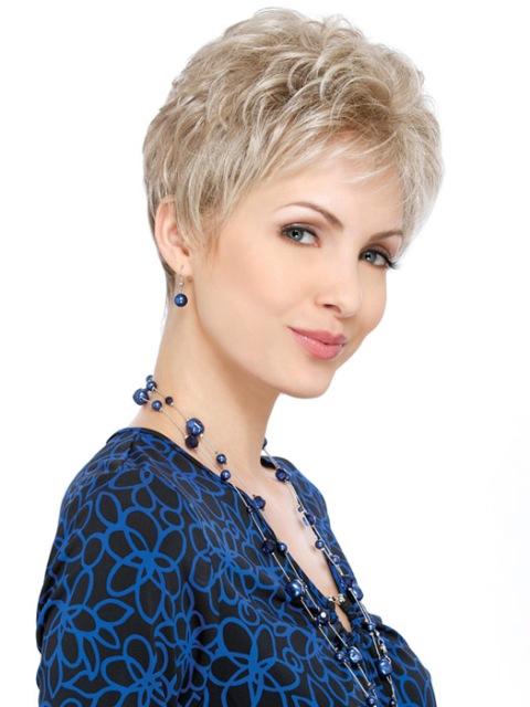 latest  short hair cuts for women with round faces 2