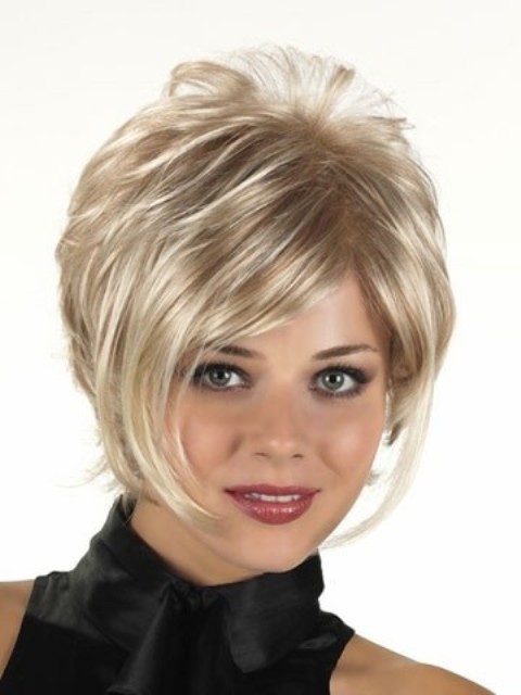 Short hairstyles for round faces short hairstyles for round faces 04