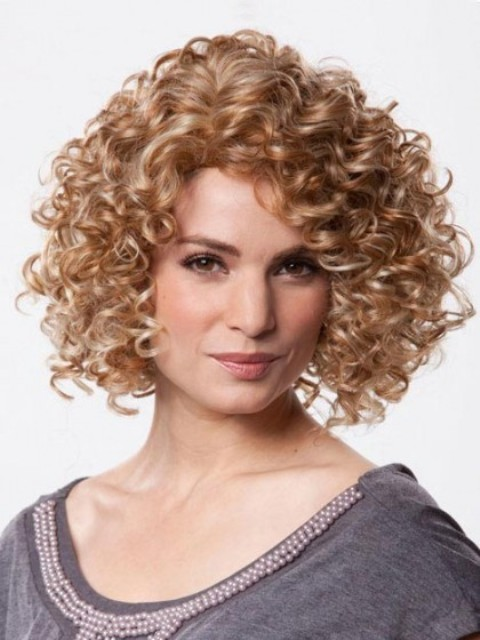 Hairstyles For Short Curly Hair Over 40 : Best curly bob hairstyles with how to style tips
