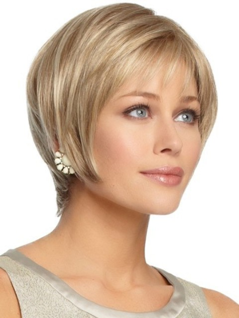 15 Breathtaking Short Hairstyles for Oval Faces – With Curls & Bangs ...