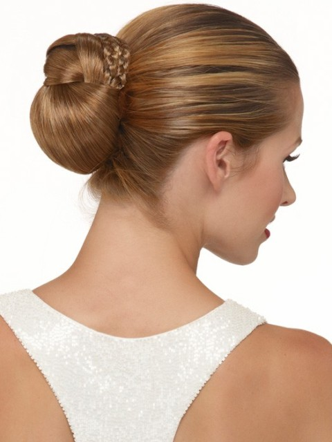 Smooth Homecoming Hairstyles