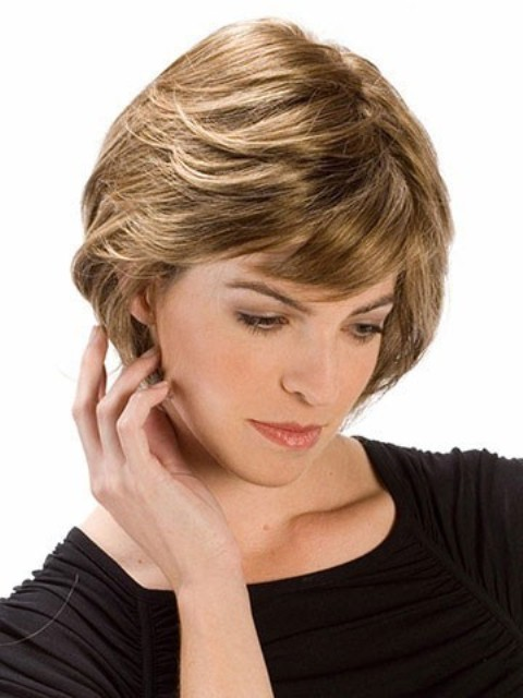Layered hairstyles for round faces hairstylegalleries com