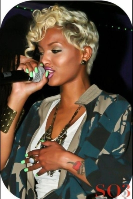 Blonde Short hairstyles for black women