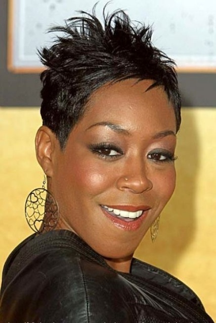 Short hairstyles for black women with heart shaped faces
