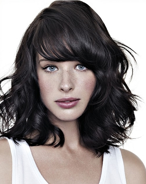 23 Trendy Medium Haircuts for Women