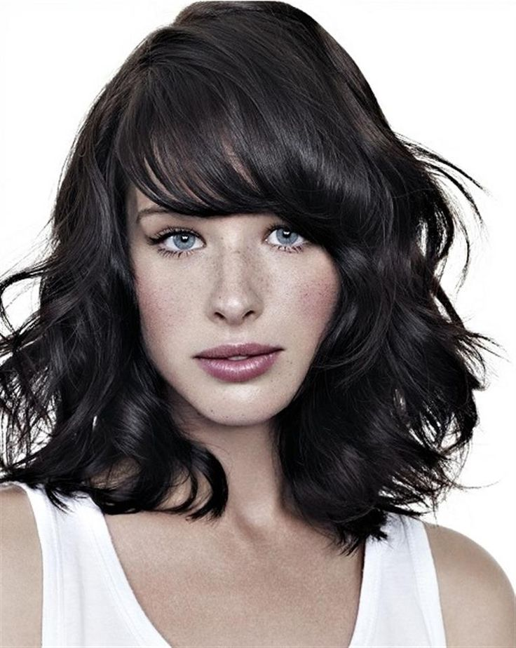 23 Trendy Medium Haircuts For Women Circletrest