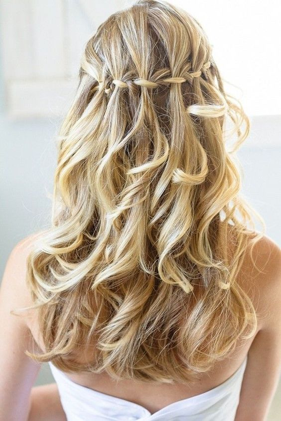 Tutorial: Waterfall braid half-updo